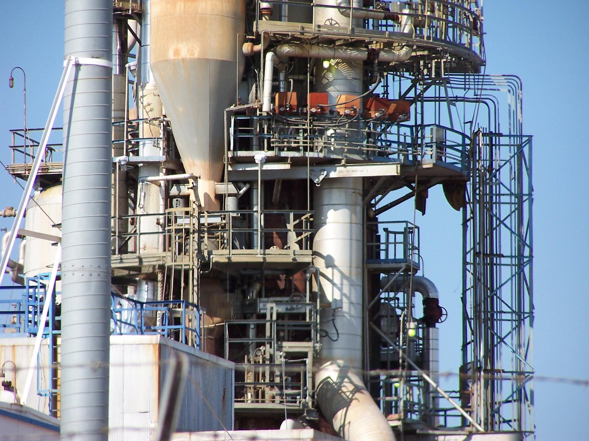 refinery-row-2-1545671-1920×1440